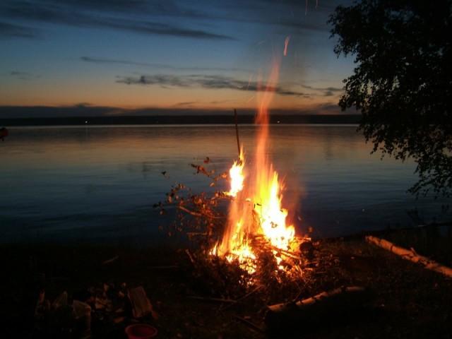 счастливы вместе рыбалка все ночи полные огня